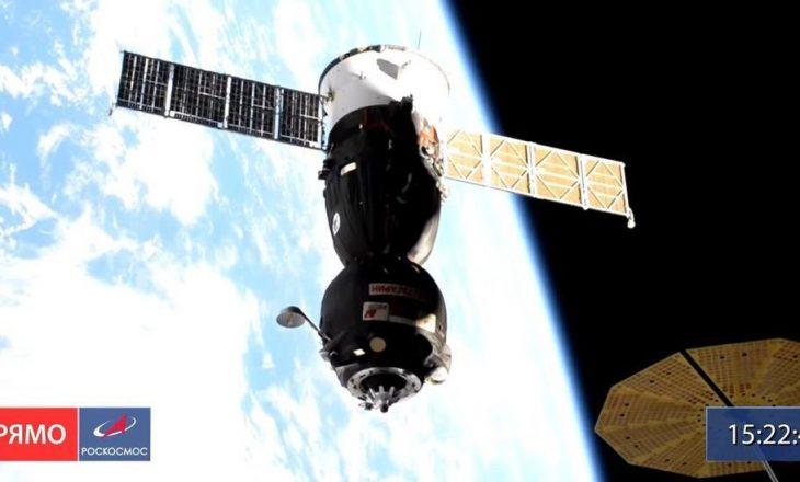 Mbërrijnë për herë të parë në hapësirë një ekuipazh i filmave rus