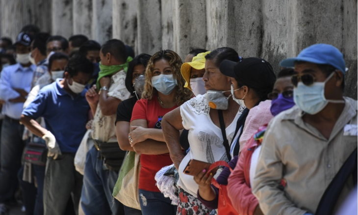 Sekretari i Përgjithshëm i OKB-së kritikon pabarazinë e vaksinave: Vendet e varfëra u lanë anash